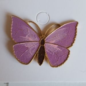LAVENDER  / PINK BUTTERFLY pin